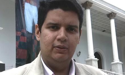 "Daniel Merchán: ""De la Desesperanza Aprendida a la Resiliencia Social"""