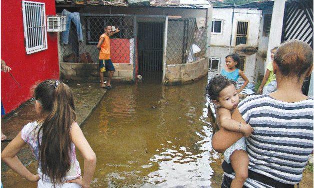 Especial   Anegaciones afectan a más de 742 familias en el estado Bolívar