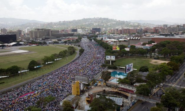 Bloqueo de marchas de protesta pacífica es parte de un patrón represivo y discriminatorio inadmisible en derechos humanos