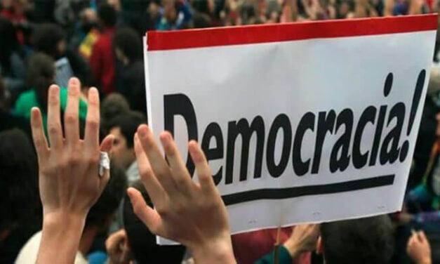 La libertad y la democracia son obras de arte