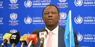 Experto de la ONU pide a los gobiernos que renueven su compromiso de acción para expandir el espacio cívico durante la crisis global