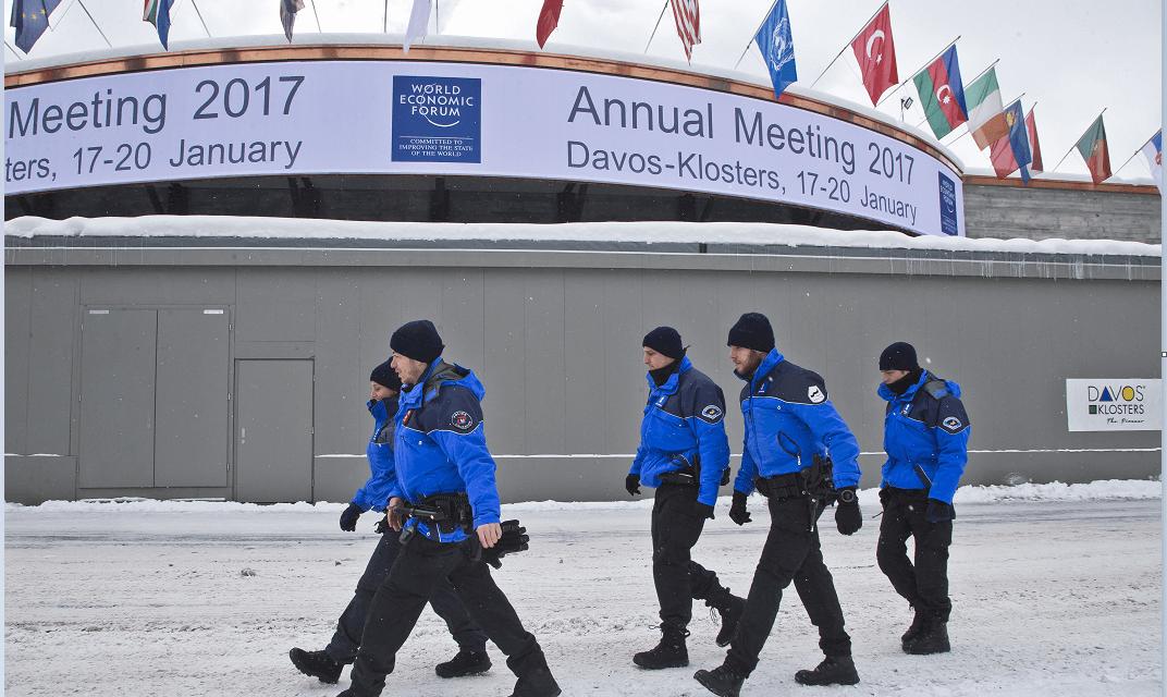 Un espectro se cierne sobre Davos, el del populismo