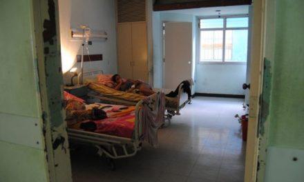 Provea / Corrupción y retrasos sumieron en crisis a los hospitales de Caracas