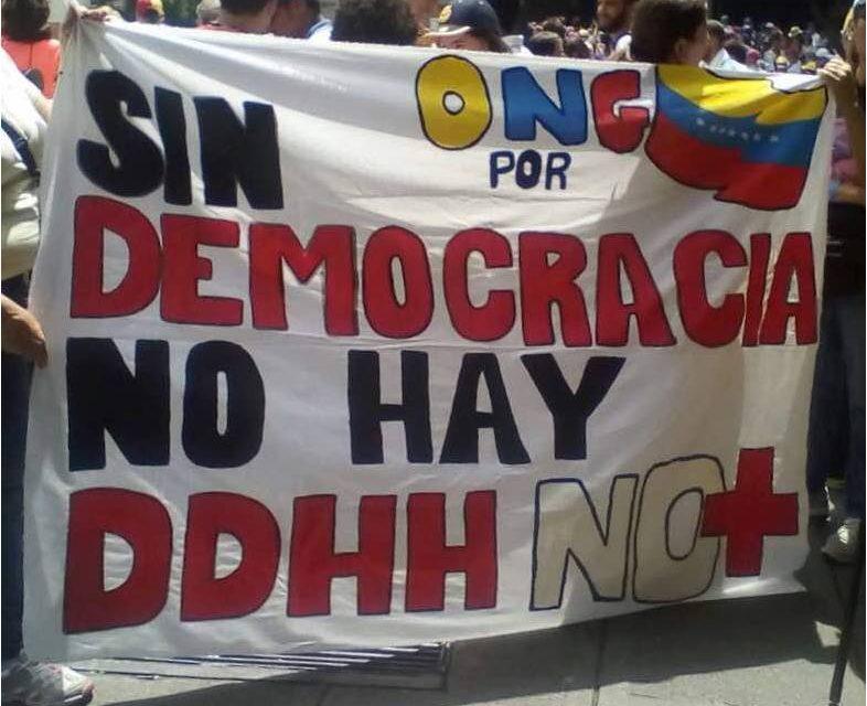 Sin democracia no hay derechos humanos