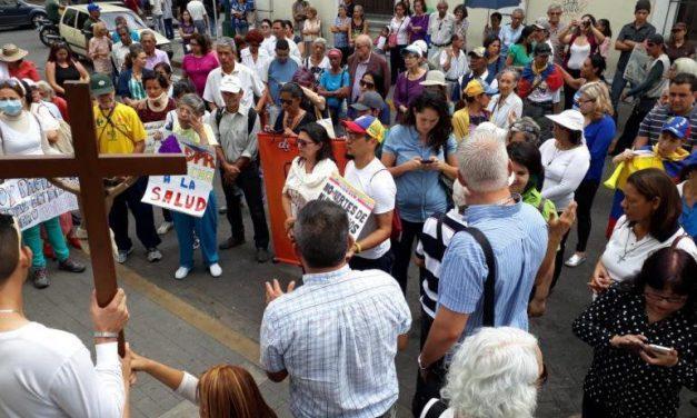 Viacrucis por la Vida en Barquisimeto llevaron a cabo personas, organizaciones y defensores por violaciones múltiples de los derechos humanos en Venezuela